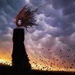 wKinach.eu-kobieta-wiatr-150x150