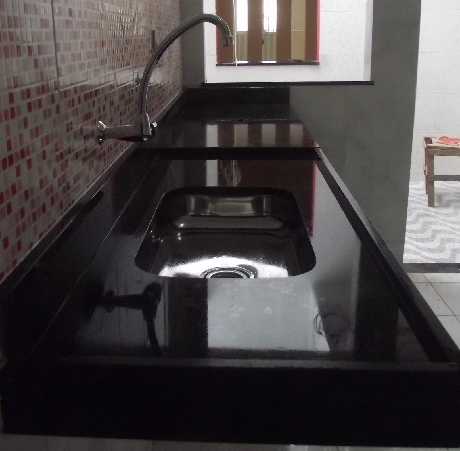 Nordestão Dos Mármores: Pia em Preto São Gabriel #804C4B 1600x1568 Banheiro Com Granito Sao Gabriel