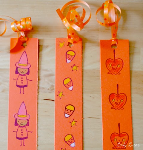 Cupcakes owls halloween bookmarks tutorial for How to tie a ribbon on a bookmark