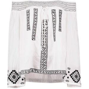 Blusa branca sem ombros estilo boho na boohoo.com