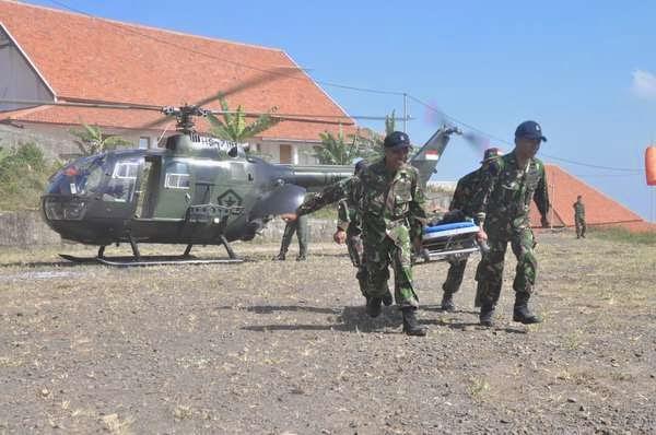Taipur Kostrad Simulasi Evakuasi Udara Korban Luka Tempur