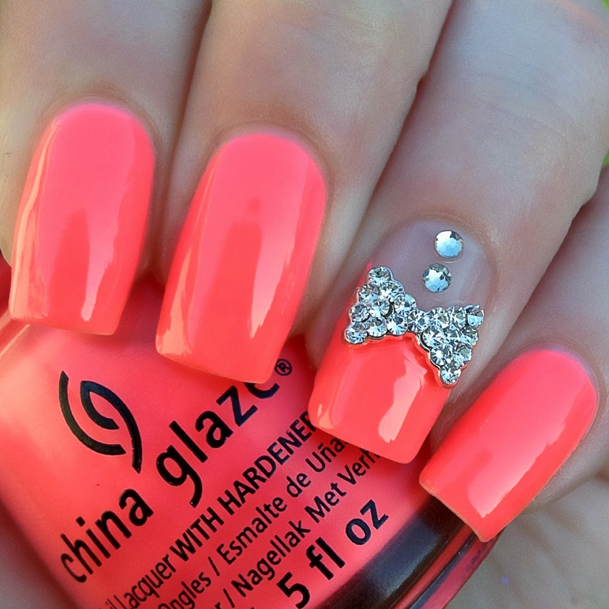 Cute Nail Art Ideas: Nails Nails Nails: Nail Art Review.-Curved Rhinestone Bows