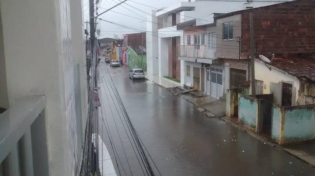 http://www.blogdofelipeandrade.com.br/2015/06/imagem-em-destaque-rua-bom-jesus.html