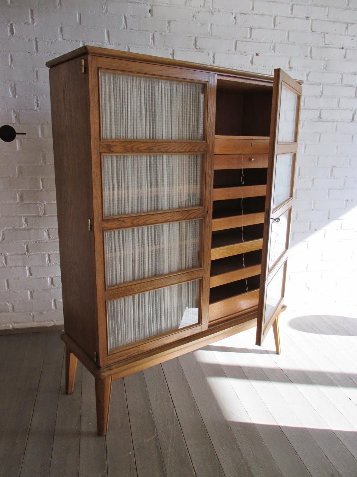 Vintage design medina flor z showroom c modas - Comodas antiguas restauradas fotos ...