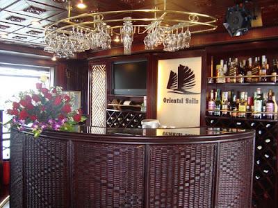 Bar - Oriental Sails