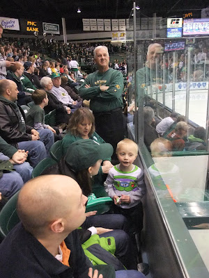 msu hockey, michigan state university, front row, penalty box