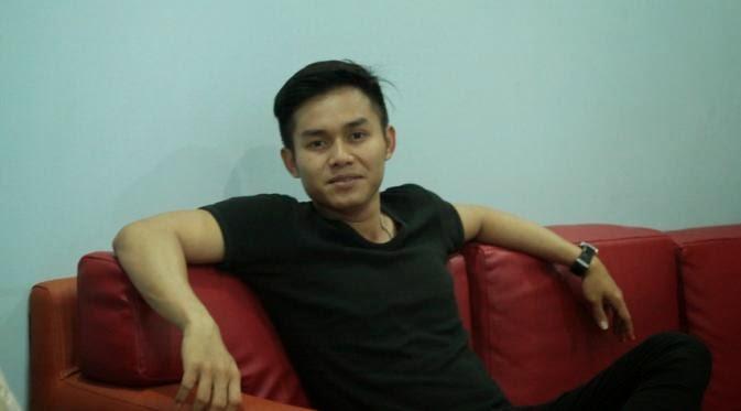 Biodata dan Foto Frans D'Academy Pemain Kuch-Kuch Dangdut