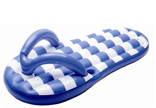 Flotadores_de_moda_para_la_piscina_y_la_playa_The_Pink_Graff_013
