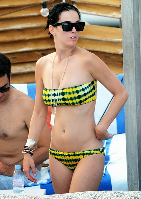 Katy Perry photos Bikini Victoria Secret Products Used with the color yellow and black is very seductive to men who are still single.