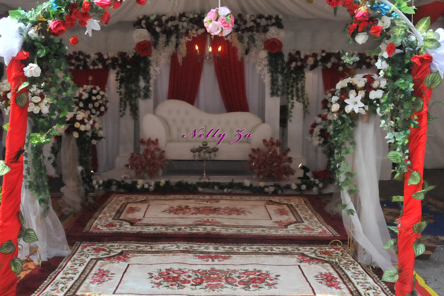 Posted by Butik Pengantin Nelly Za at 4:52 PM | |