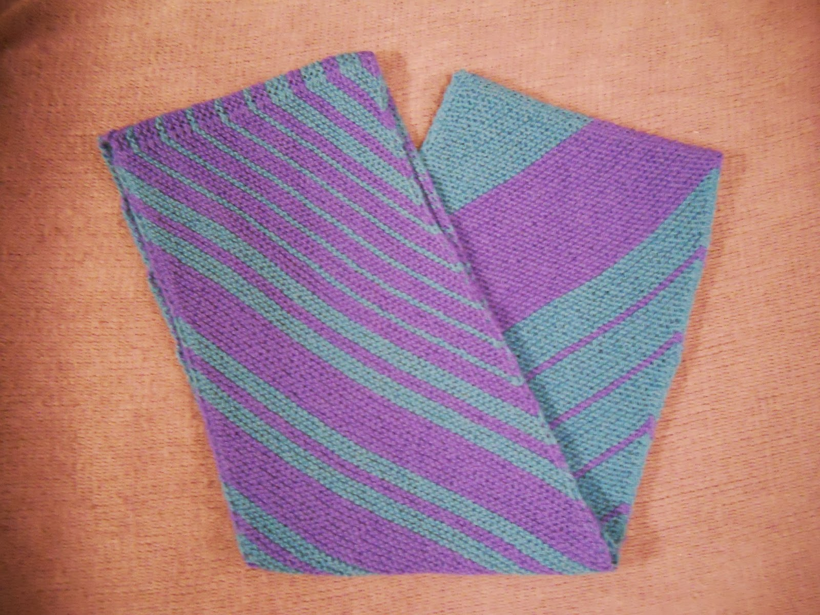 http://www.ravelry.com/projects/gizmo098/foolproof