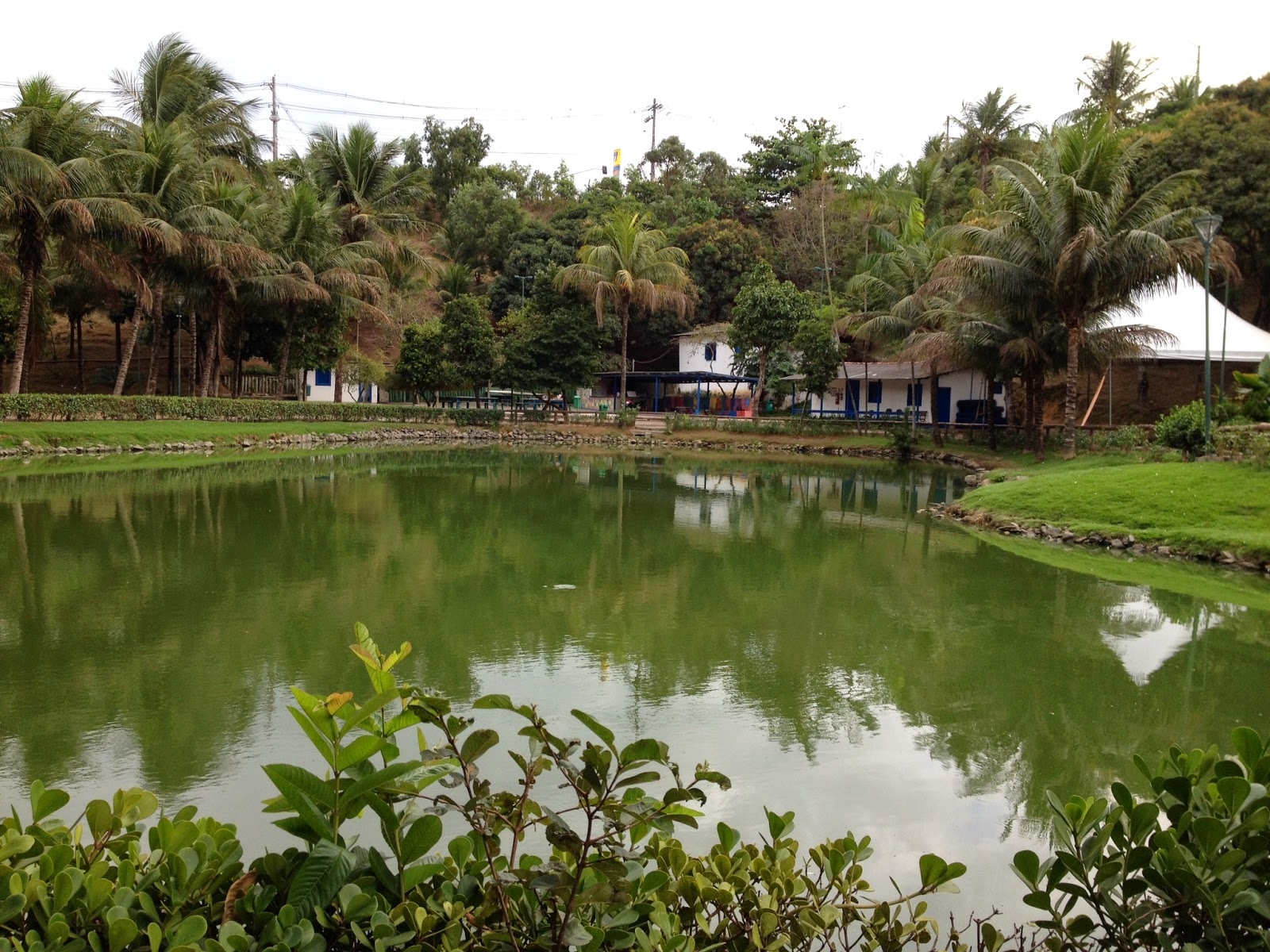 lago-parque-fazendinha-vitoria