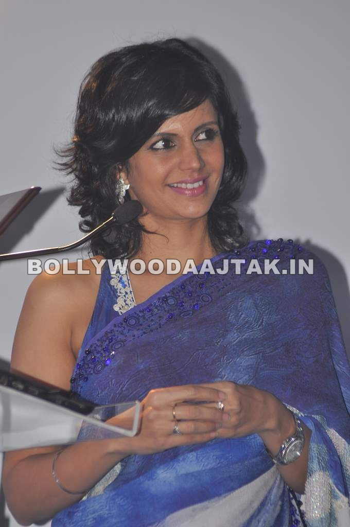 Mandira Bedi  in Saree - 20121 - Mandira Bedi Latest Pics in Saree at Omron press meet