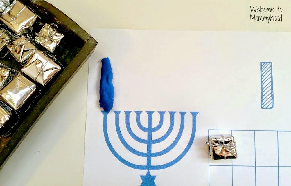 Hanukkah Activities: Free Playdough Mat Printable {Welcome to Mommyhood} #montessori #preschoolactivities, #hanukkah