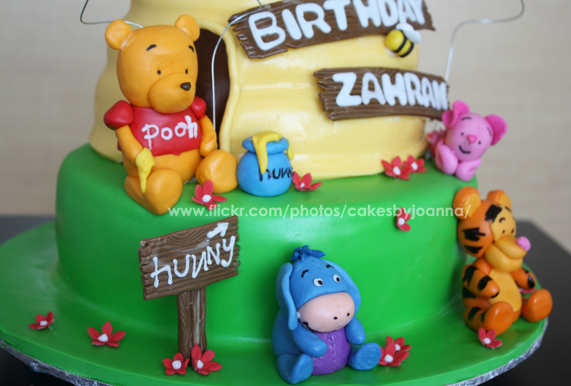 Cake Design Winnie The Pooh : TheCakingGirl: Winnie the Pooh Cakes!