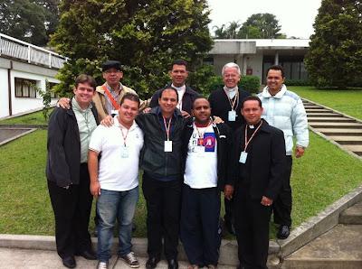 Responsáveis e assessores do Setor Juventude refletem sobre a evangelização dos jovens