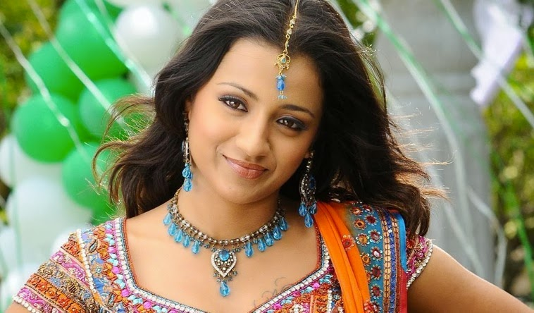 Trisha Krishnan HD Wallpapers Free Download