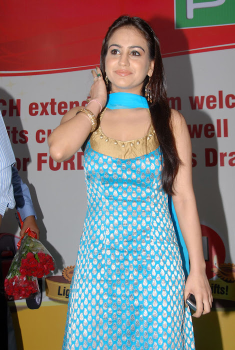 aksha at pch bumper draw event, aksha hot photoshoot