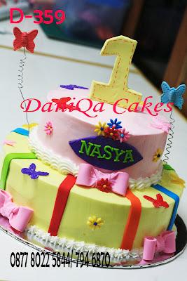 Daniqa Cakes Traditional Snack Kue Ulang Tahun Pertama
