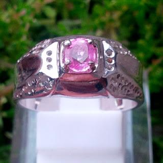 Batu Permata Pink Sapphire Srilanka