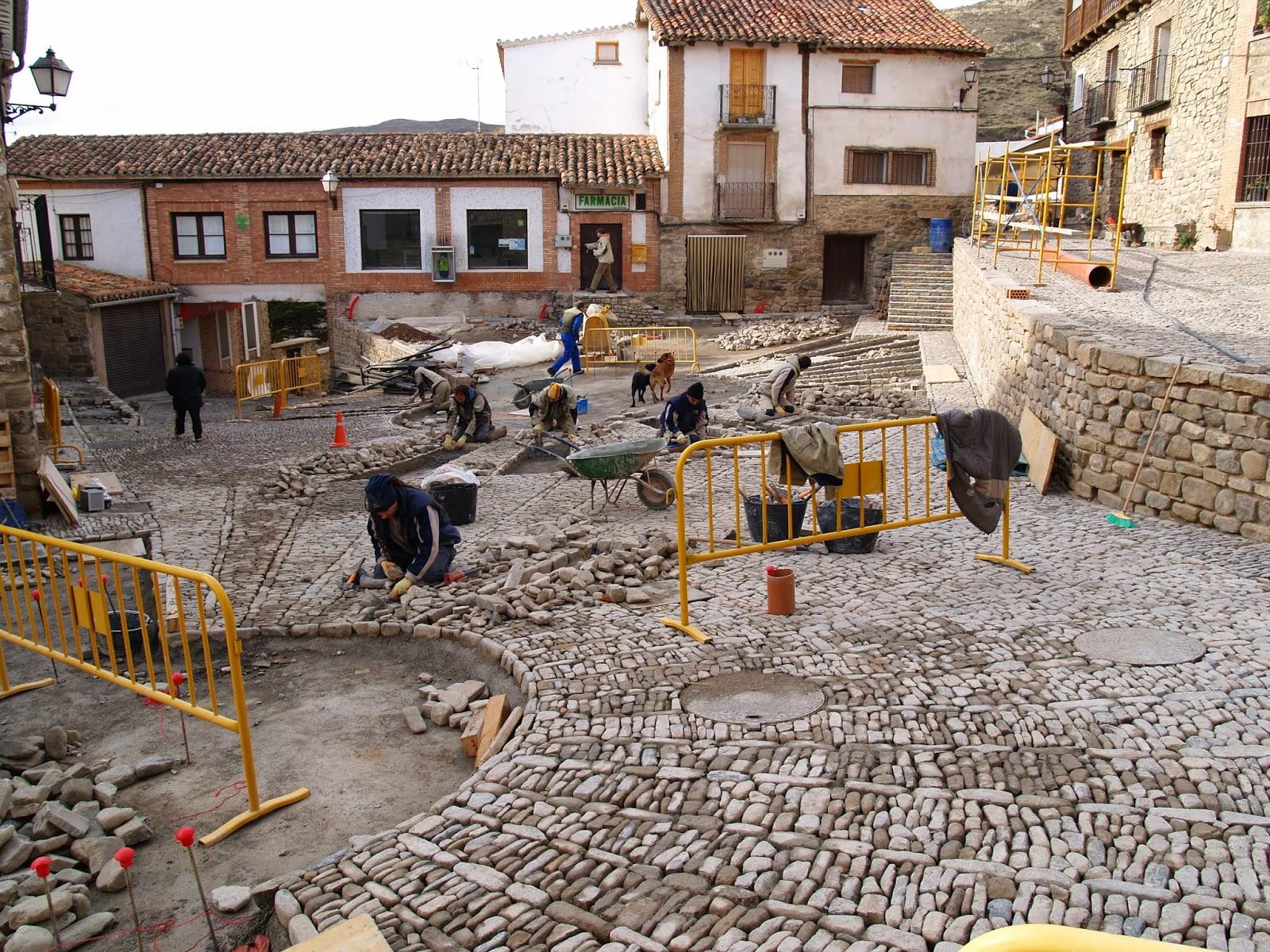 Fábrica del empedrado de la Plaza del Olmo. San Román de Cameros