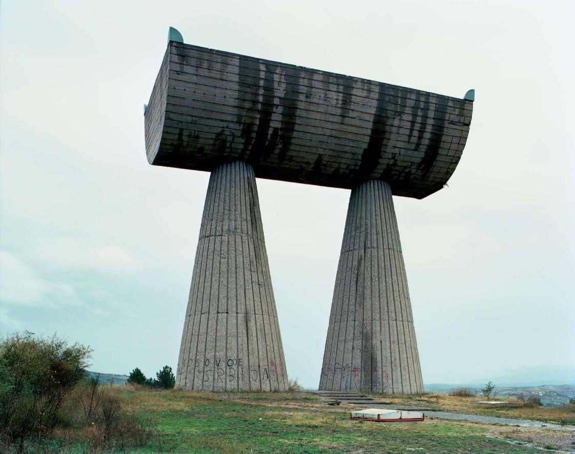 Construcciones socialistas de aspecto futurista Spomenik_19