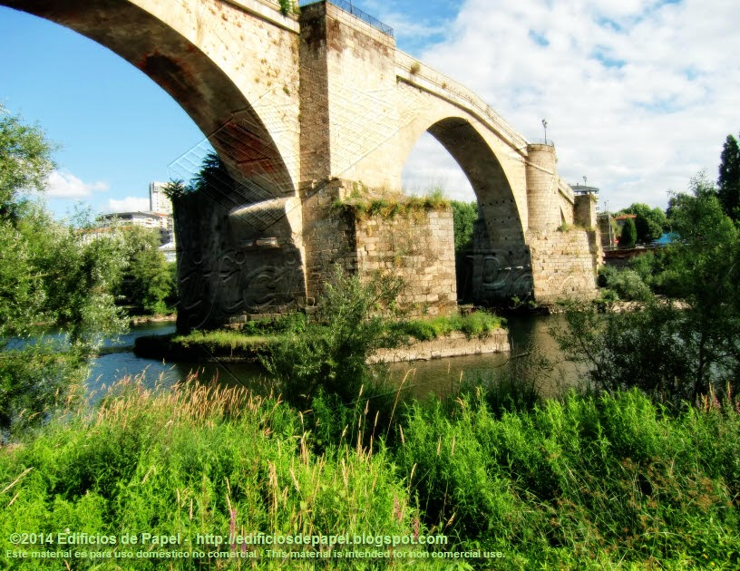 Vistas del Puente Romano - Edificios de Papel 2014