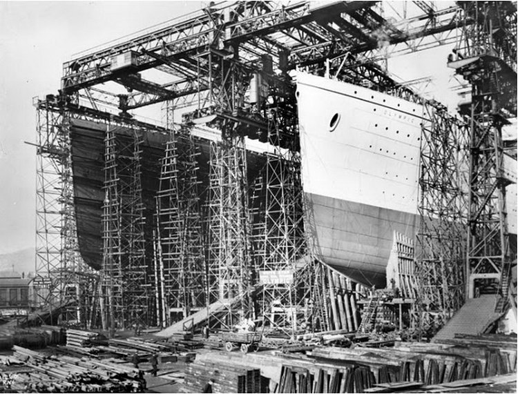 Mis viajes por la historia los hermanos del titanic - Construccion del titanic ...