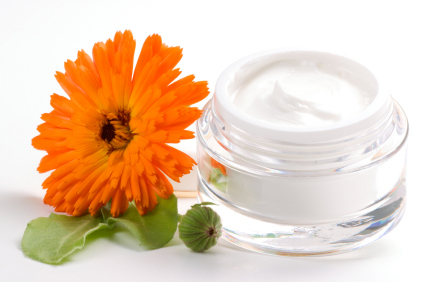 organic  natural and products makeup By Kristen Hudson;