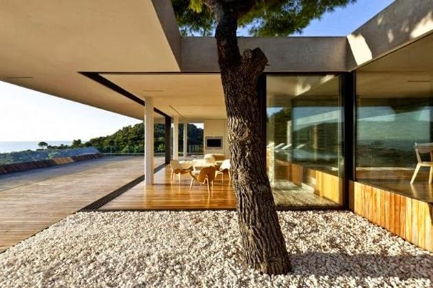 Plane House arquitectura en Grecia 11