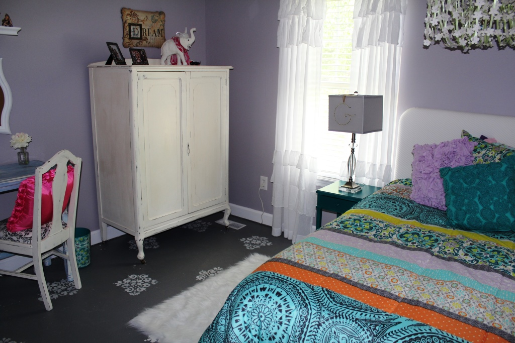 WELCOME Boho Chic Style Tween Bedroom Makeover