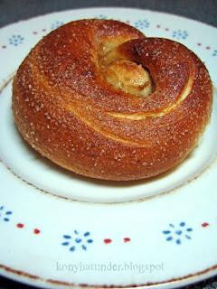 sugar-cinnamon-bun