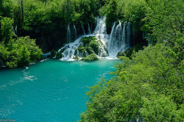 بحيرات بليتفيتش الكرواتية ،، جمال وروعة Plitvice-Lake-Croati