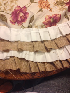 Burlap Ruffle Tree Skirt How To