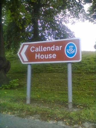 Follow the Brown Signs to Callendar House and the park