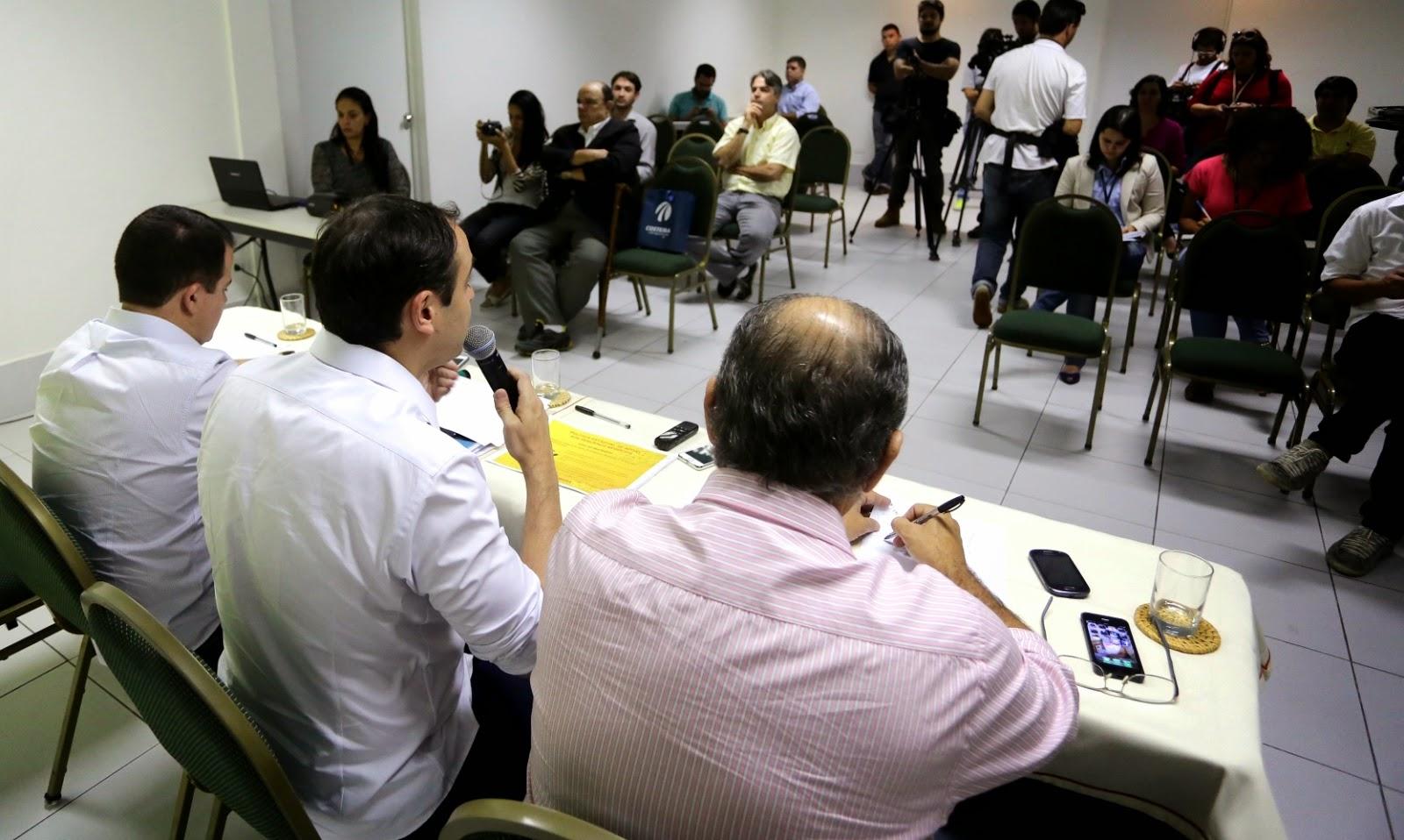Paulo assume compromisso de criar ambiente favorável ao setor de pequenos negócios em Pernambuco