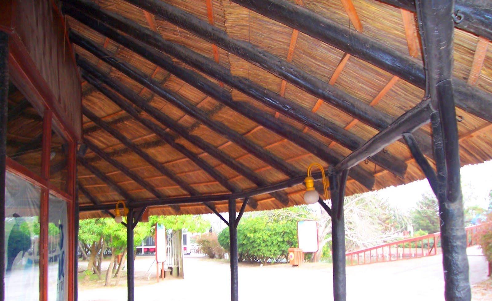 Related pictures terrazas cobertizos quinchos santiago for Cobertizos de madera