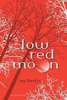 Review: Low Red Moon by Ivy Devlin (Low Red Moon #1)