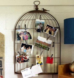 Since Bird Cages Already Come With Hooks To Hang It Makes Them Perfect Outdoor Decoration Accent Fill Them With A Candles And Flowers In Fun Colors To
