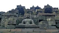 Detalhe da estupa de Borobudur um Jojacarta, Indonésia