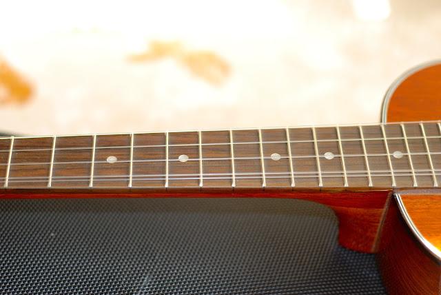 Ohana TK-35G-5 Tenor 5 string ukulele neck