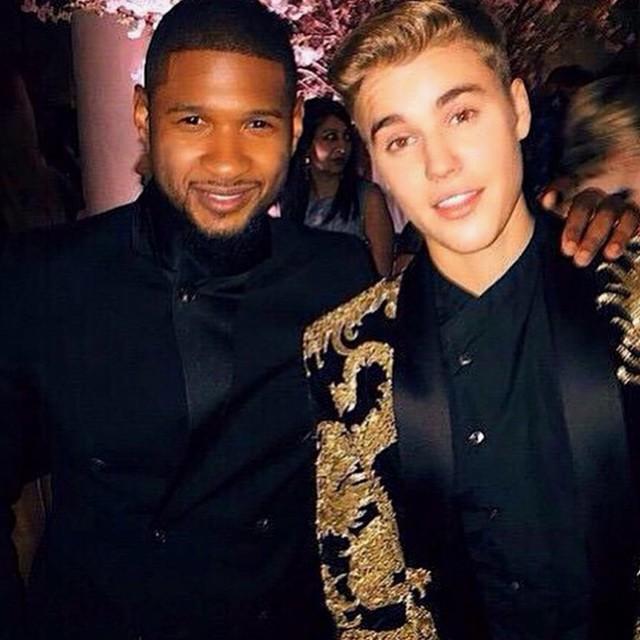 Justin Bieber junto a Usher