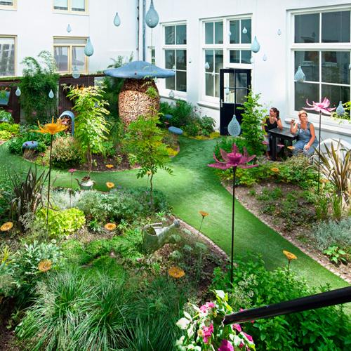 Mendigreen droog dise o holand s for Modelos de jardines interiores