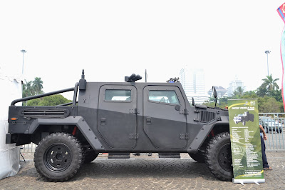 gambar Recon Vehicle 4x4 Komodo