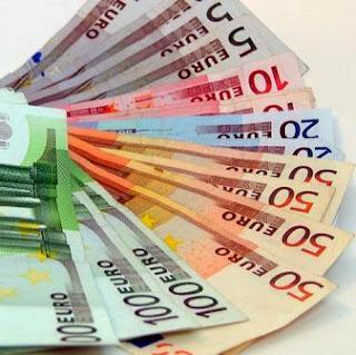 usd, eur, dollar, euro vs dollar, eur vs usd, euro versus dollar, eur usd