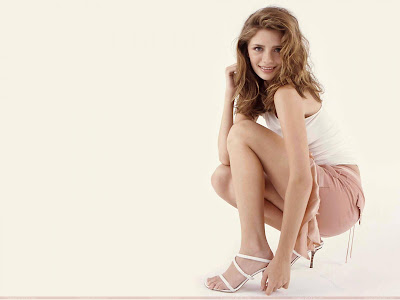 mischa_barton_glamour_wallpaper_sweetangelonly.com
