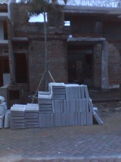Tehnik pemasangan genteng Beton
