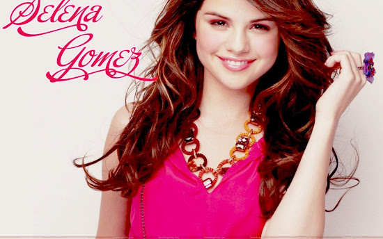 selena_gomez_glamour_wallpaper_Fun_Hungama