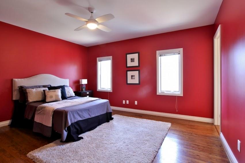 kombinasi warna cat merah dan putih kamar tidur utama