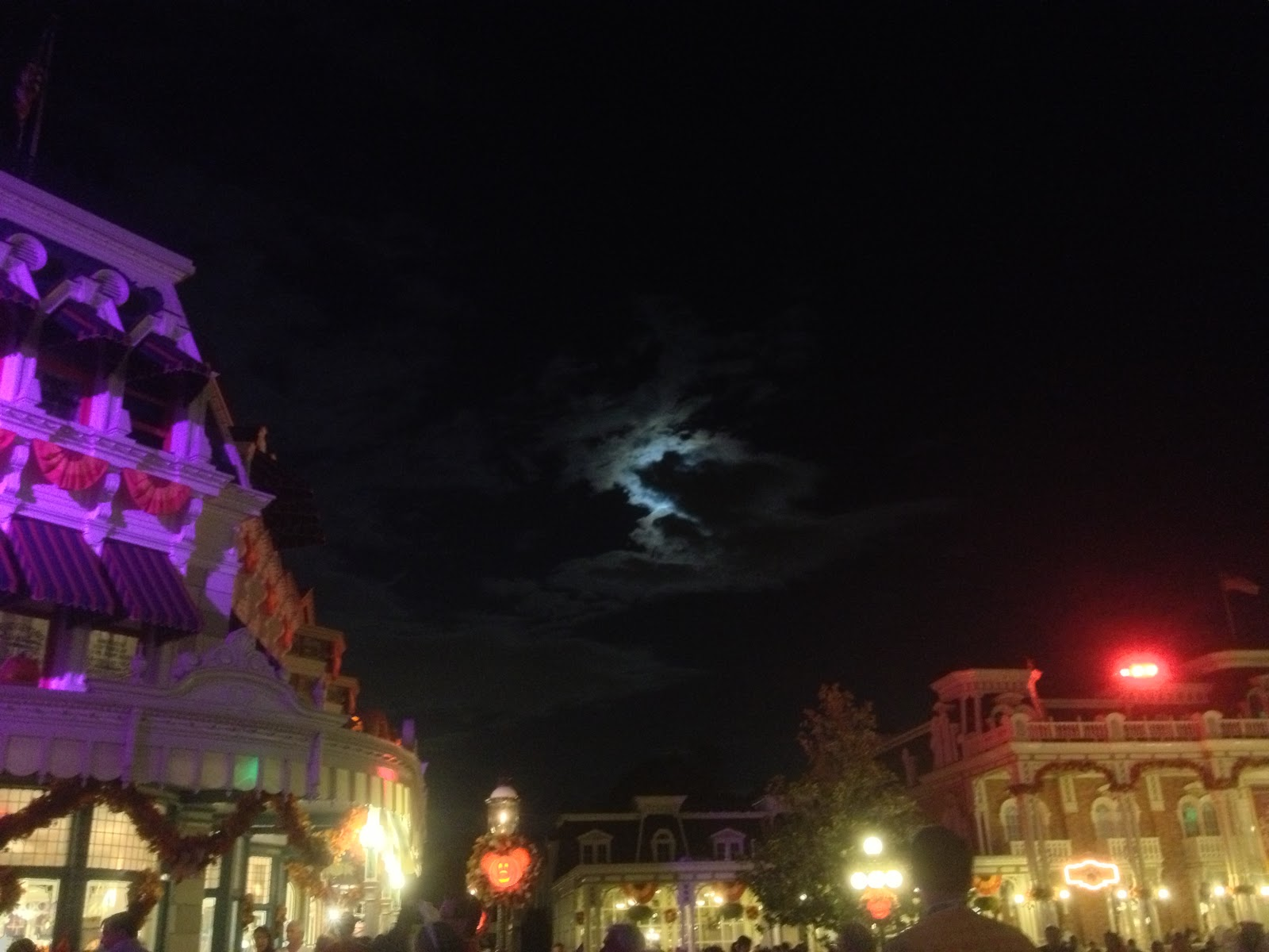 British Divas review of Mickey's Not So Scary Halloween Party ...